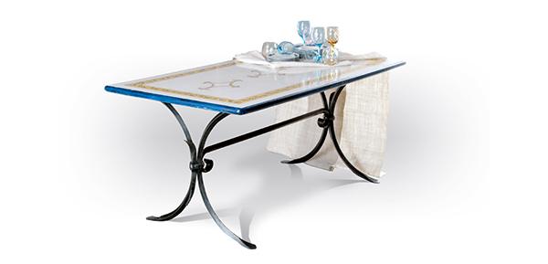 Tavoli in Ferro Battuto personalizzati | tavoli ferro battuto